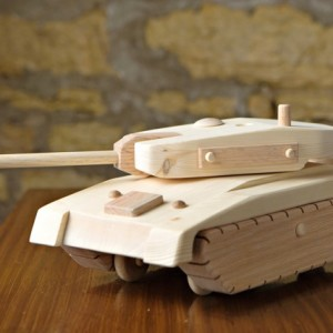 Army Tank by Kringle Workshops