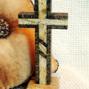 RB2082,-Standing-Cross